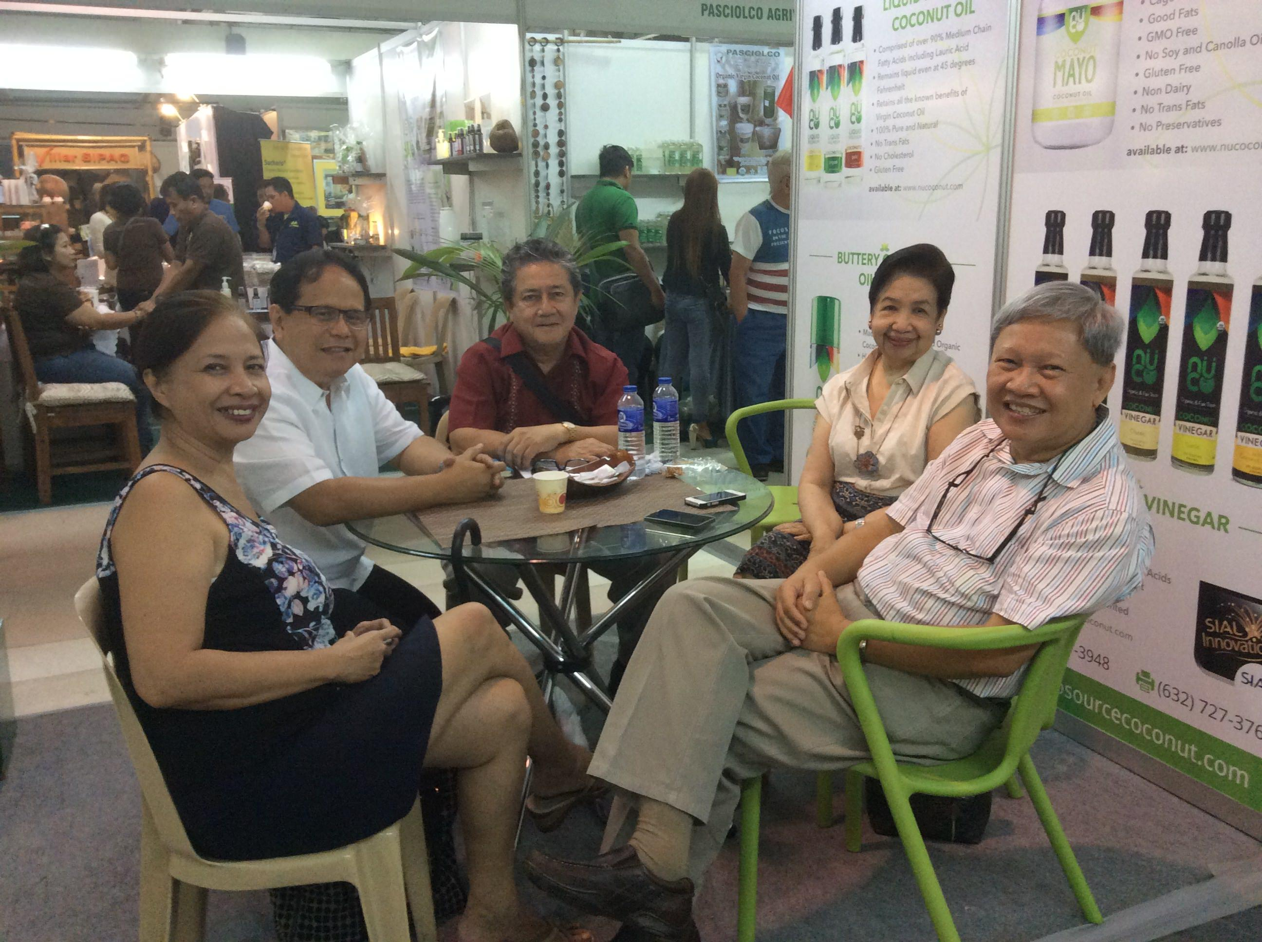 Meeting at the Booth of Prosource (Coconut Week) with PCA Administrator Romy Arancon, VCOP Chairperson Tess Santos, VCOP president Nonie Magcase, VCOP Board member Ed Deveza, VCOP Executive Director Agnes Cristobal.